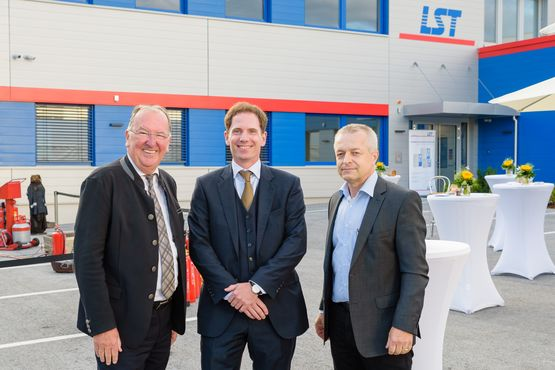 Member of the Bundesrat, Ernest Schwindsackl with LST's Managing Director Dipl.-Ing. Stefan Friedl and Branch Manager Ing. Gerhard Fassl